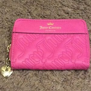 Juicy Couture Small Zippy Wallet